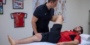 Sporttherapie Wien Verletzungsprävention Leistungssteigerung passives Dehnen