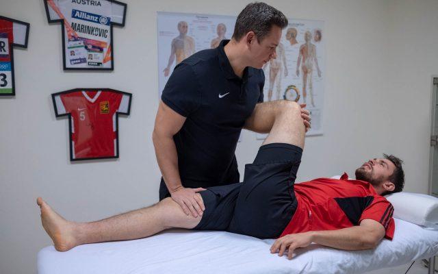 Sporttherapie Leistungssteigerung durch Dehnen
